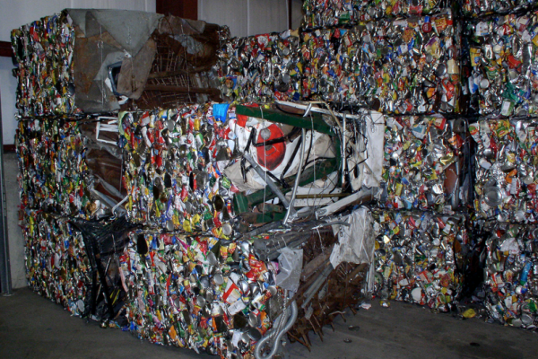 Metal packaging recycling hits 74.7% record