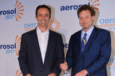 Australian and UK aerosol bodies sign cooperation agreement
